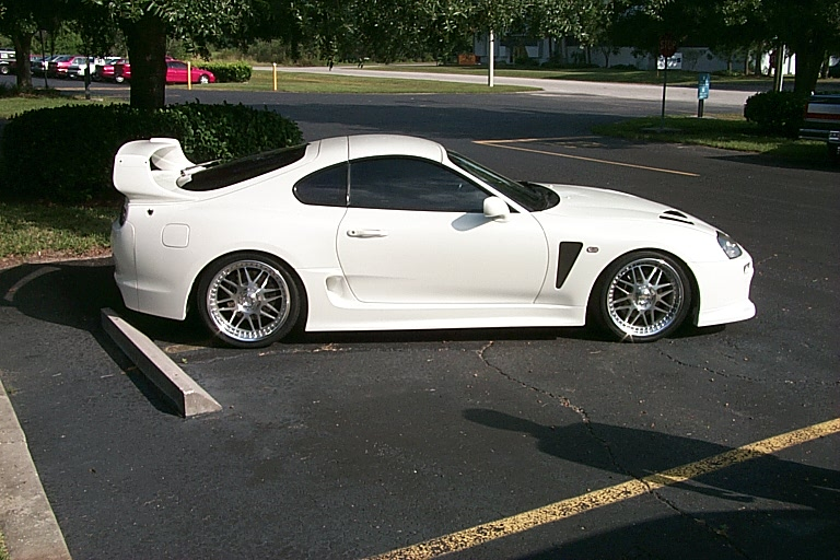 SUPRA_011   love the TRD 3000gt bodykit
